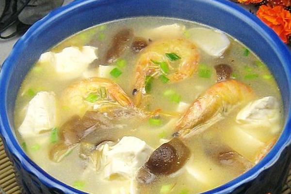 香菇海虾豆腐汤
