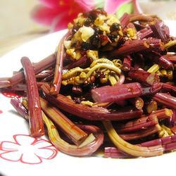 凉拌蕨菜的做法[图]