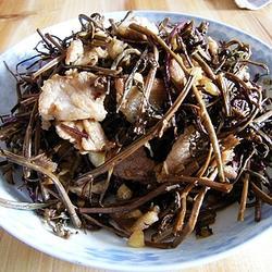 蕨菜干炒肉的做法[图]