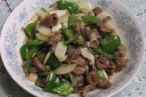 青椒茭白炒鸡肫的做法