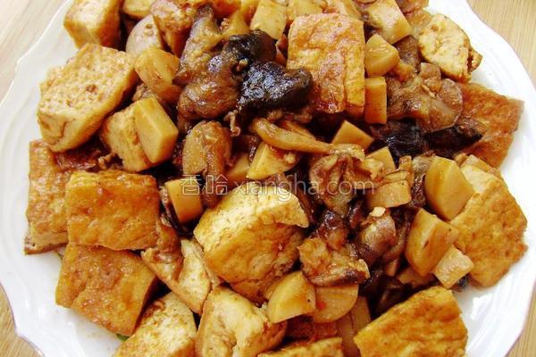 香菇烧豆腐的做法