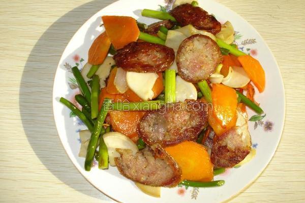 肉肠蒜薹胡萝卜的做法