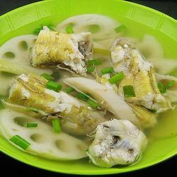 尖梭鱼莲藕汤的做法[图]