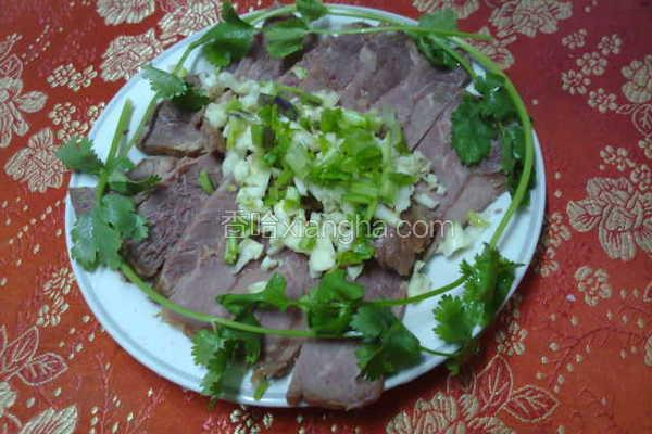 凉拌卤牛肉