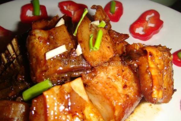 五花肉烧腊鱼的做法