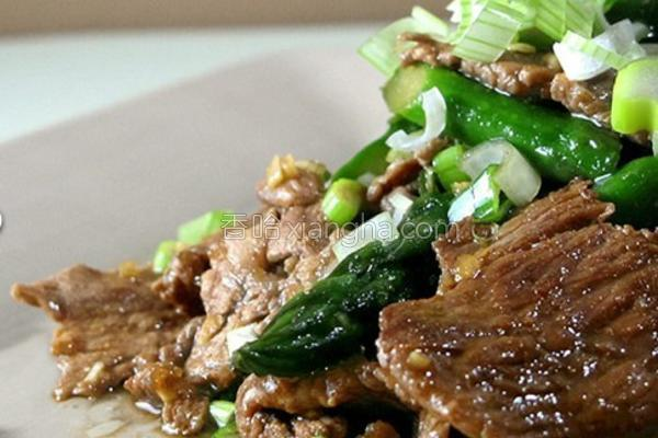 芦笋炒牛肉的做法