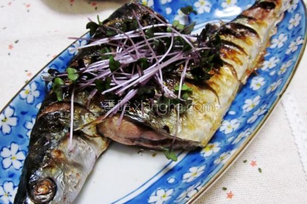 盐烧秋刀鱼的做法