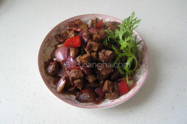 洋葱牛肉粒的做法