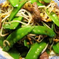 自发绿豆芽炒荷豆牛肉的做法[图]