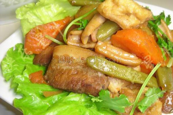 五花肉干鱿烩杂蔬的做法