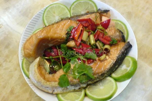 泰汁三文鱼的做法