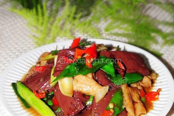 血豆腐肉片炒青蒜