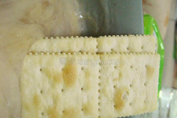 花生酱藕粉配饼干的做法