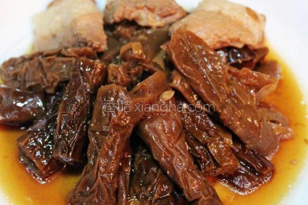 咸黄瓜皮炖肉的做法