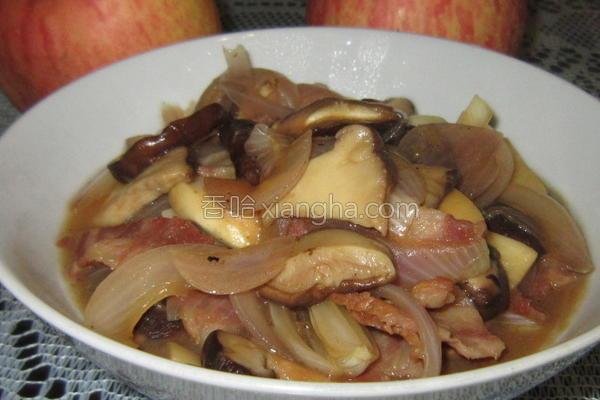 菌菇洋葱炒培根的做法