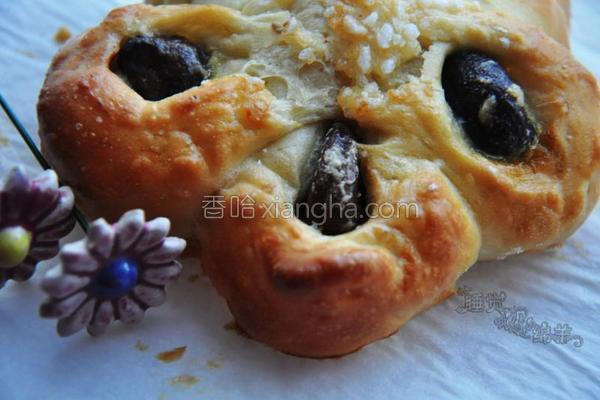 栗子花瓣面包的做法