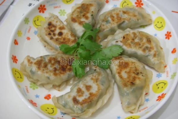 香煎韭菜猪肉饺的做法