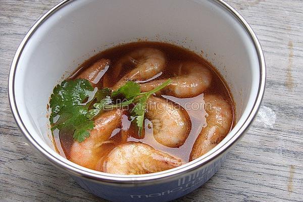 带汤虾的做法