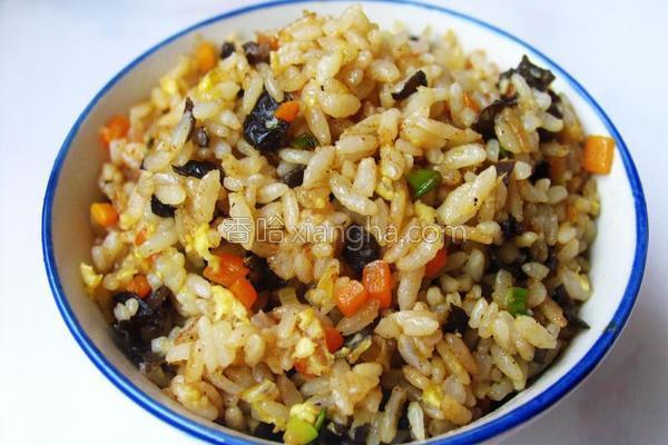 甜面酱炒米饭的做法