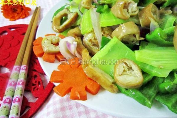 杂蔬炒肥肠的做法