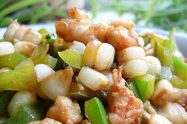 椒香玉米爆虾丁的做法