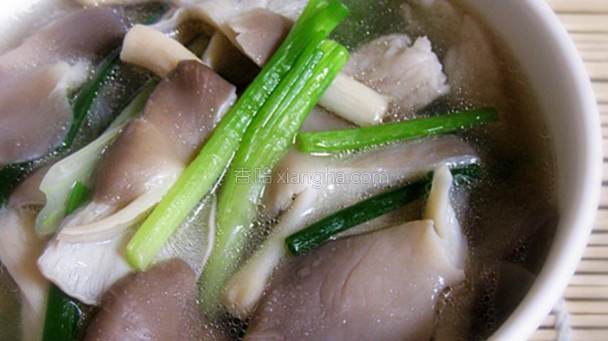 袖珍菇生菜汤
