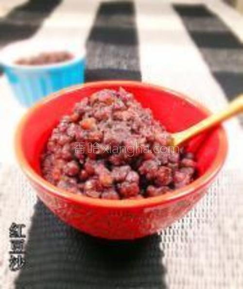 香甜可口的红豆沙就做好了,可以作为馅料,也可以就这样吃。
