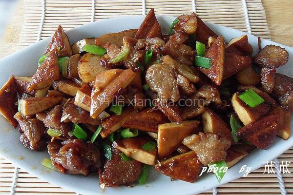 豆干炒肉片的做法