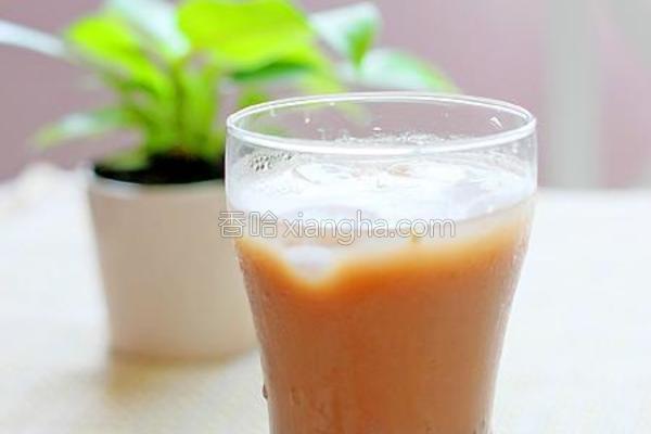 红豆沙玄米奶茶的做法