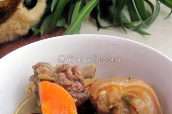 胡萝卜炖腊羊肉的做法
