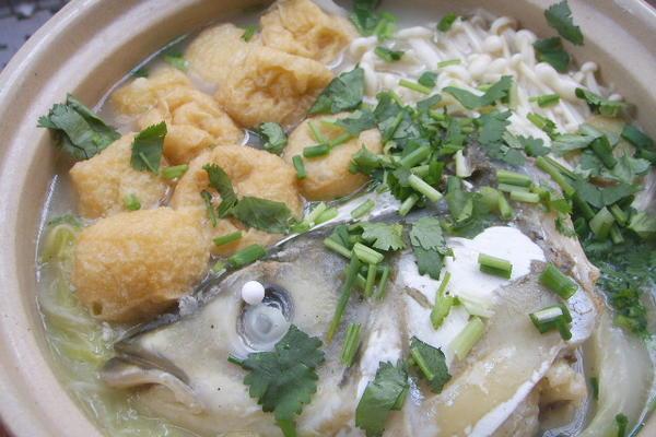 沙锅鱼头煲