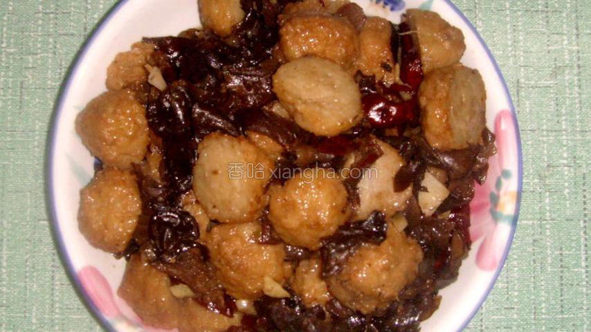 木耳红枣炒肉丸