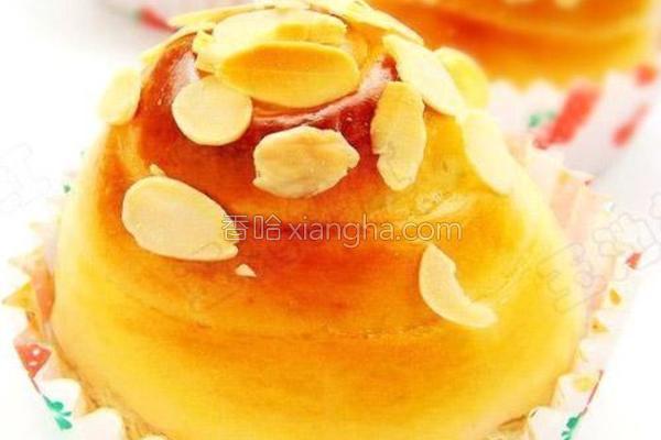 蜂蜜杏仁面包卷的做法