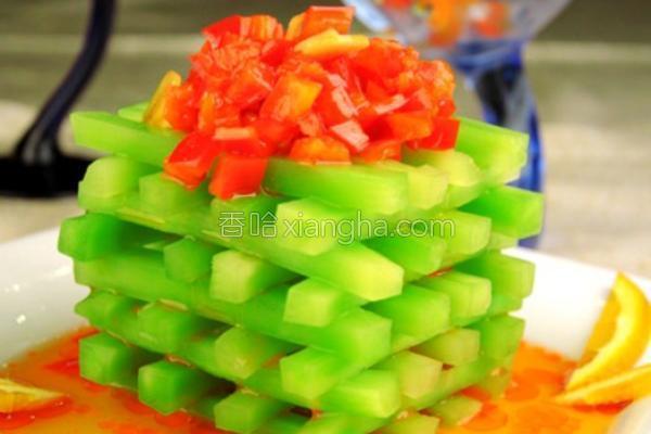 剁椒莴苣塔的做法