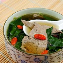 枸杞叶猪肝汤的做法[图]