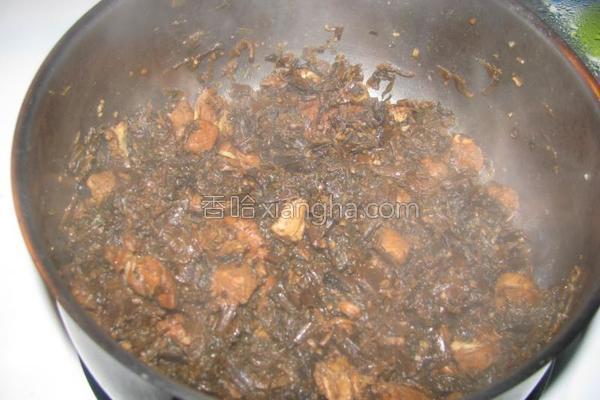 梅干菜烧鸡肉的做法