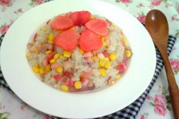 鲜桃玉米炒饭的做法