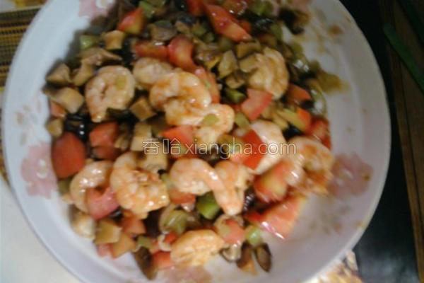 三丁烩虾仁的做法