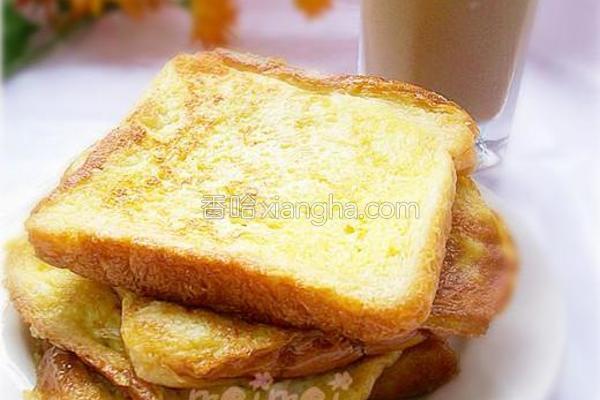 鸡蛋煎面包的做法