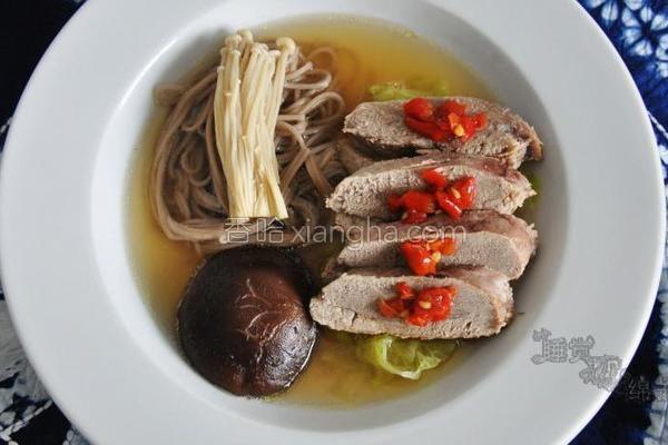 日式鸭汤面的做法