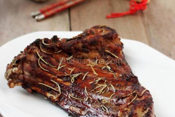 迷迭香烤羊排的做法