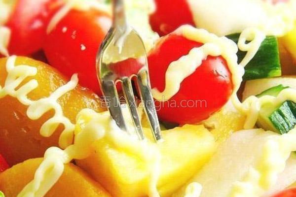 缤纷果蔬沙拉的做法
