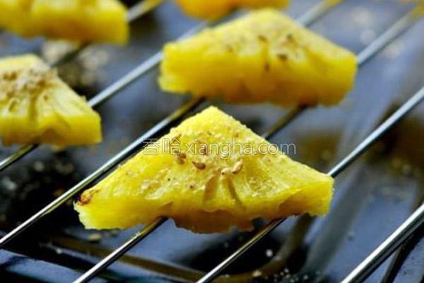芝香烤菠萝的做法