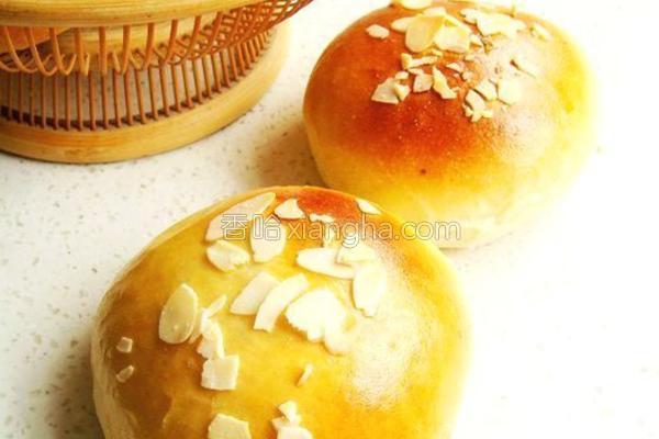 杏仁豆沙小面包的做法