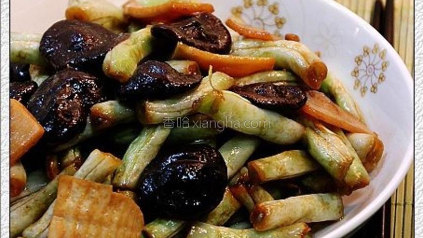 香菇焖白扁豆