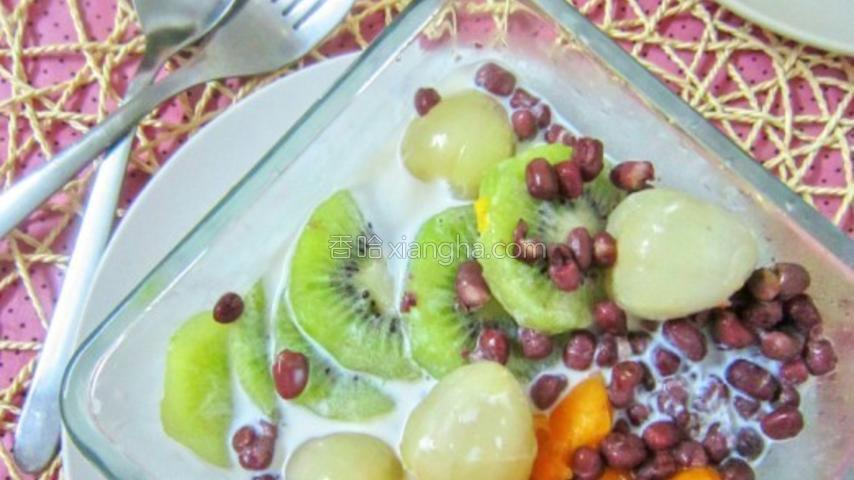 水果牛奶冰