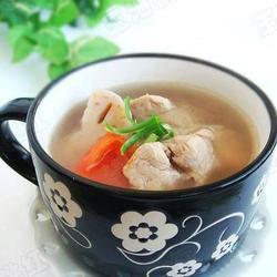 番茄莲藕排骨汤的做法[图]