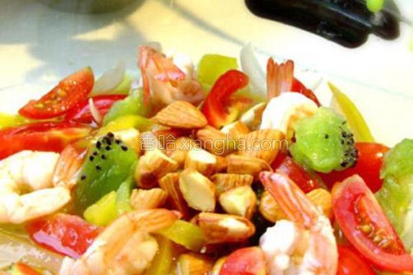 油醋汁虾仁蔬果沙拉的做法