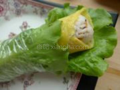 再用食品袋或者防油纸卷好即可食用。