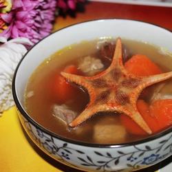 胡萝卜海星煲猪腱的做法[图]